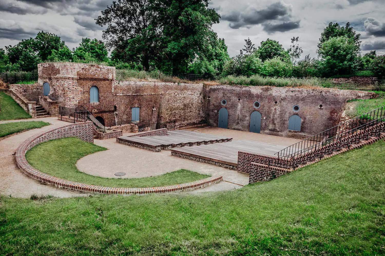 Commander of the Heights Regeneration | Amphitheatre | Castria Design